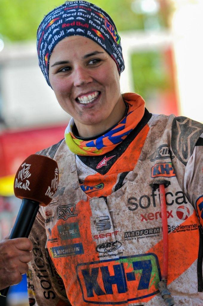 Laia Sanz durante un Dakar